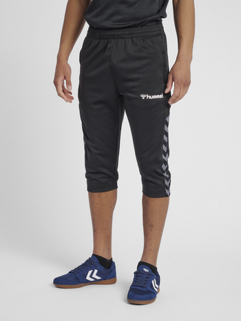 hmlAUTHENTIC 3/4 PANT, BLACK/WHITE, model