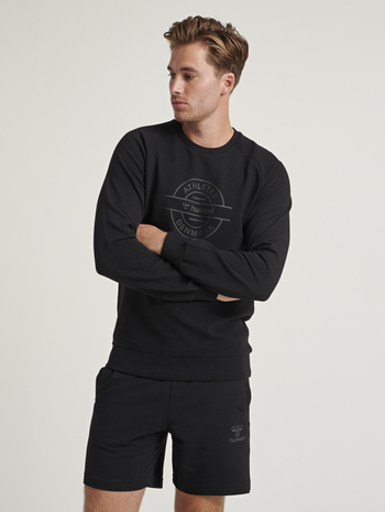 HMLDARE SWEAT SHIRT, BLACK, model