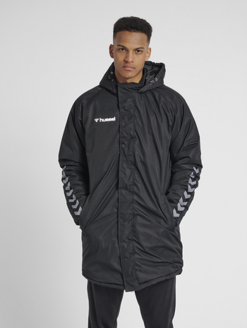hmlAUTHENTIC BENCH JACKET, BLACK/WHITE, model